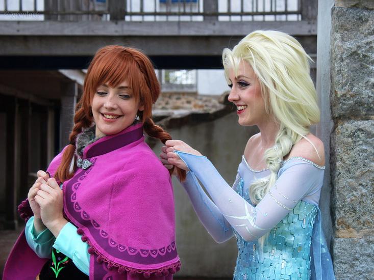 13. Frozen: Anna og Elsa