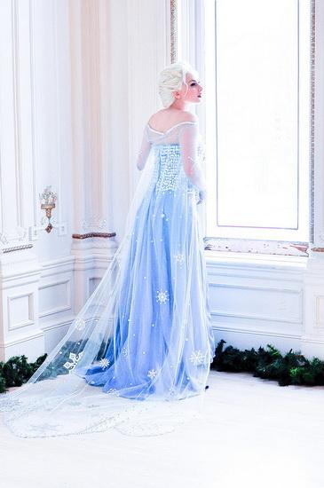 22. Frozen: Anna og Elsa