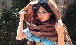 1. Kostyme voksen Jasmine