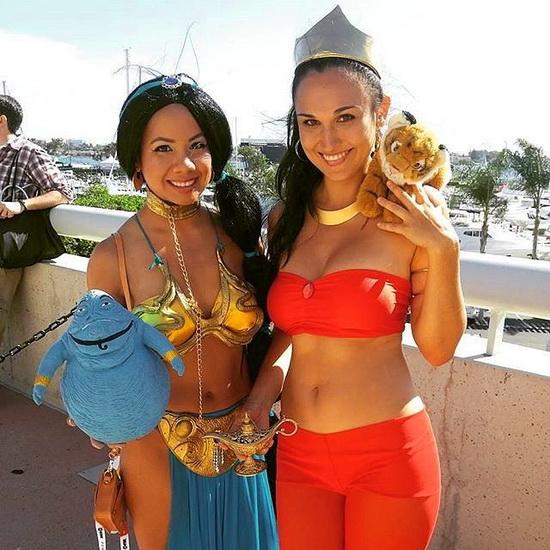 12. Kostyme voksen Jasmine