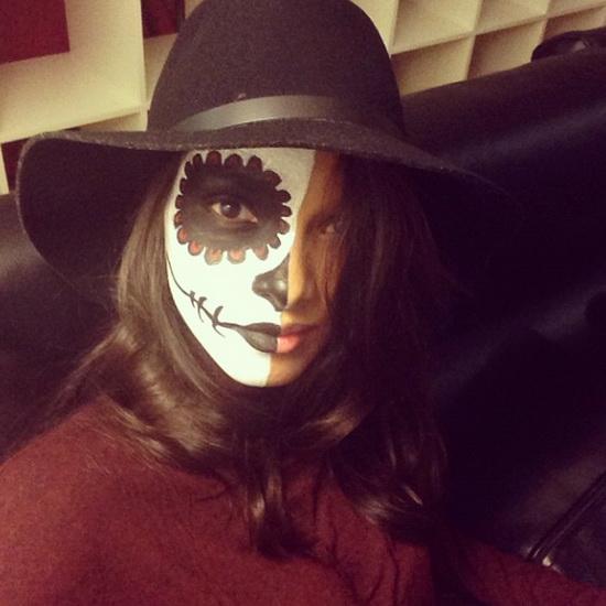10. Modeller i Halloween-kostymer