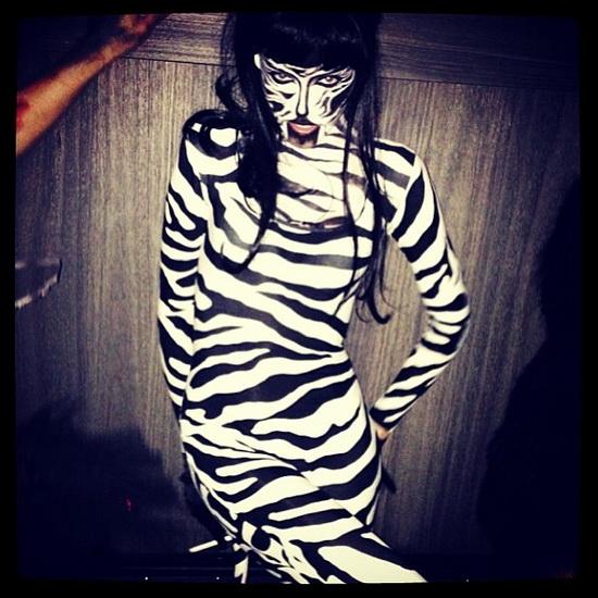 12. Modeller i Halloween-kostymer