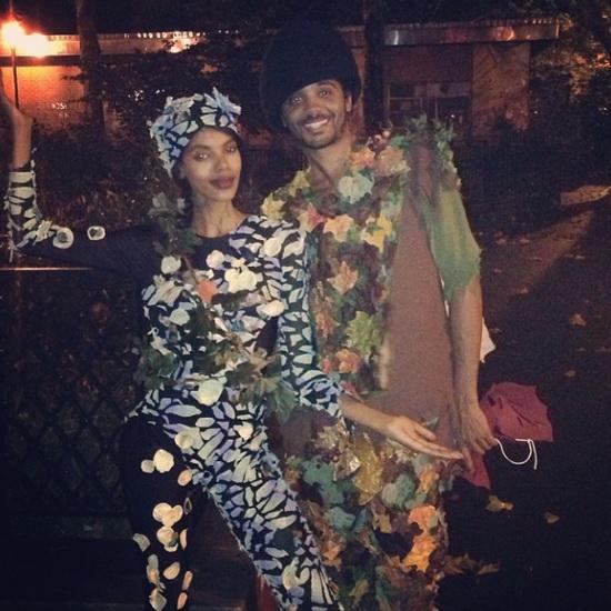 7. Modeller i Halloween-kostymer