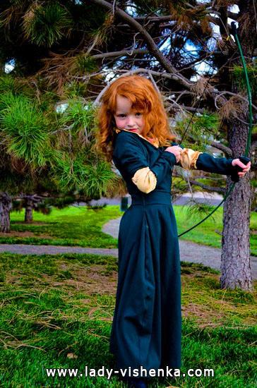 12. Kostymer for små jenter 4 år - 6 år