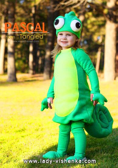 4. Kostymer for små jenter fra 1 år til 3 år