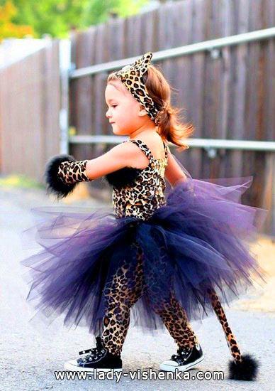 10. Kostymer for små jenter fra 1 år til 3 år