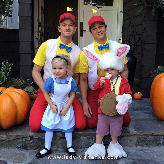14. Kostymer for små jenter fra 1 år til 3 år