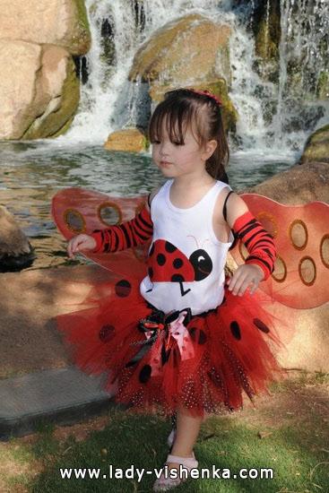 27. Kostymer for små jenter fra 1 år til 3 år