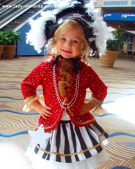 28. Kostymer for små jenter fra 1 år til 3 år