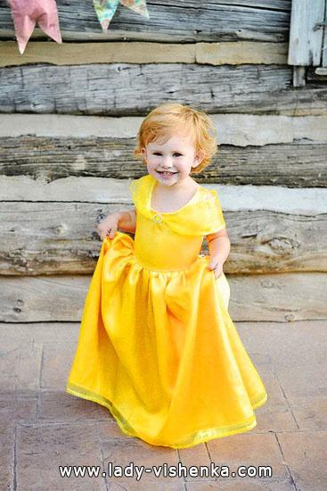 32. Kostymer for små jenter fra 1 år til 3 år