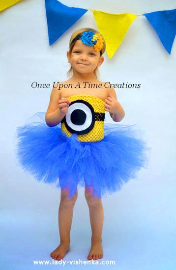 38. Kostymer for små jenter fra 1 år til 3 år