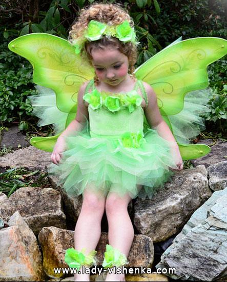 17. Kostymer for små jenter 4 år - 6 år