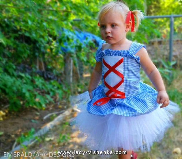 42. Kostymer for små jenter fra 1 år til 3 år