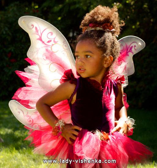 22. Kostymer for små jenter 4 år - 6 år