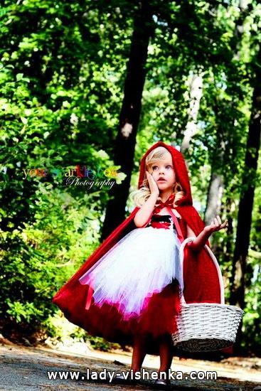24. Kostymer for små jenter 4 år - 6 år