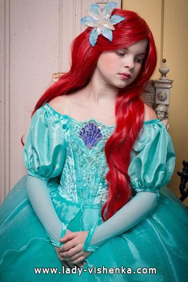 25. Kostymer for små jenter 4 år - 6 år