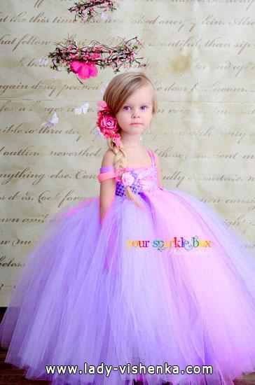 3. Kostymer for små jenter 4 år - 6 år