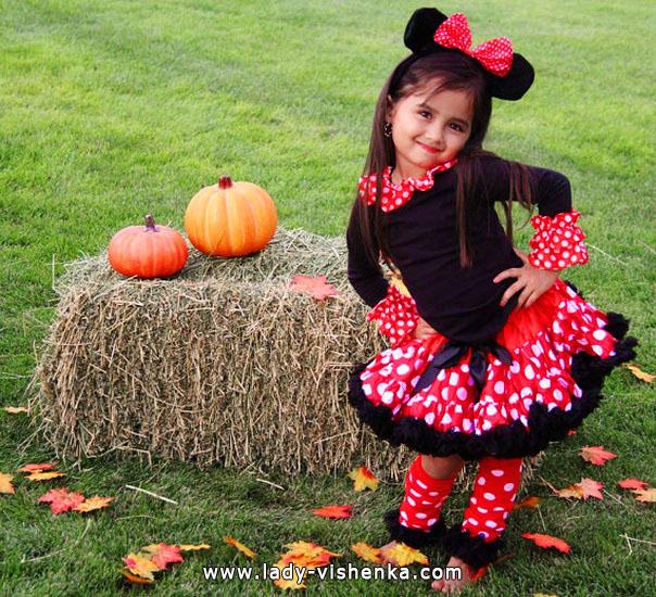 41. Kostymer for små jenter 4 år - 6 år