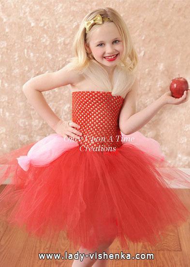 45. Kostymer for små jenter 4 år - 6 år