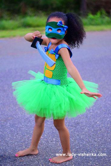 48. Kostymer for små jenter 4 år - 6 år