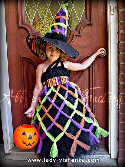 7. Kostymer for små jenter 4 år - 6 år