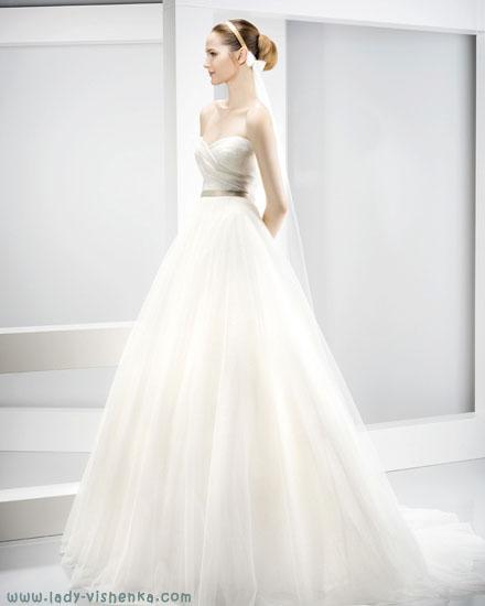 de Fleste vakre brudekjoler Jesus Peiro