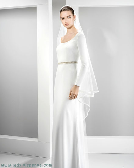 Beskjeden brudekjole Jesus Peiro