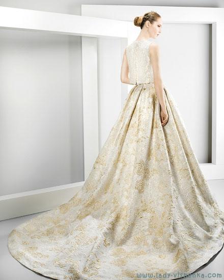 Wedding dress med farge skjørt Jesus Peiro
