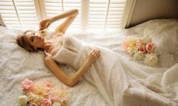 Blonder brudekjoler