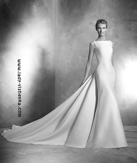 Wedding kjoler med tog Pronovias