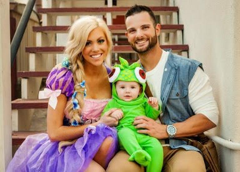 Kort passer Rapunzel og Flynn for Halloween