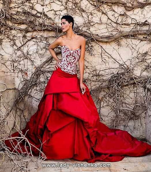 Rød brudekjole - tegn - Jordi Dalmau