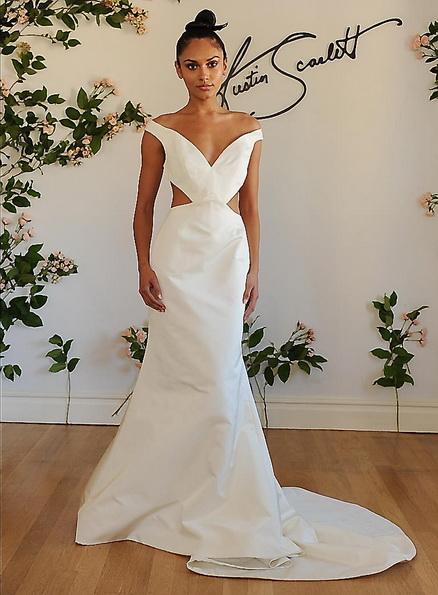 brudekjole i sateng med et tog i Austin Scarlet 2016