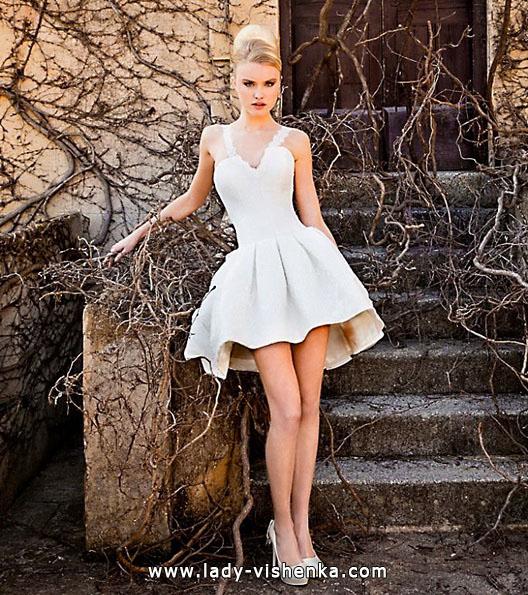 en Kort Luksus Brudekjoler 2016 - Jordi Dalmau