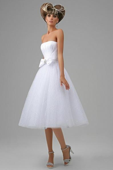 Kort brudekjole med fluffy skjørt 2016 photo - Tatiana Kaplun