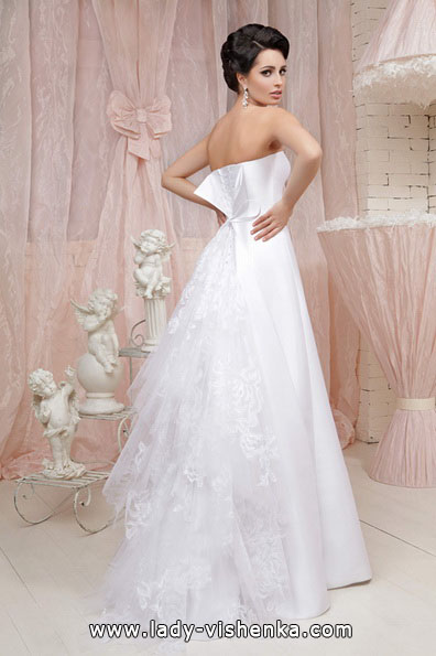Enkle lang brudekjole Tatiana Kaplun