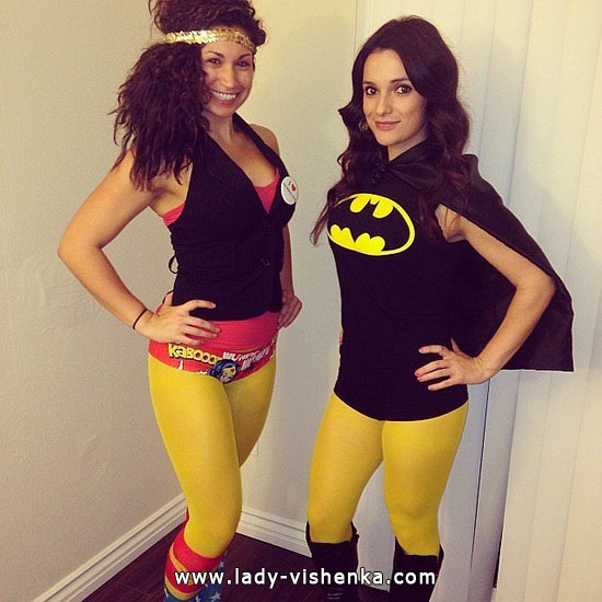 14. Halloween Super-jenter