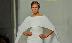 Brudekjole med dekket skuldre