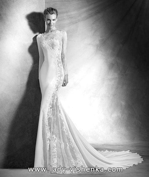 Uvanlig brudekjole med blonder ermer - Pronovias