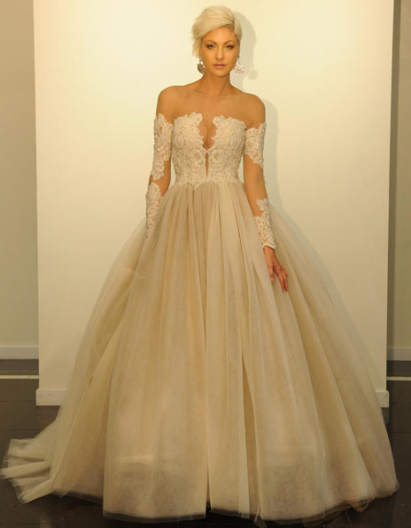 Wedding kjoler med blonder ermene, Victor Harper
