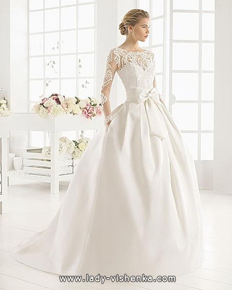 Wedding kjoler med blonder ermene bilder Aire Barcelona