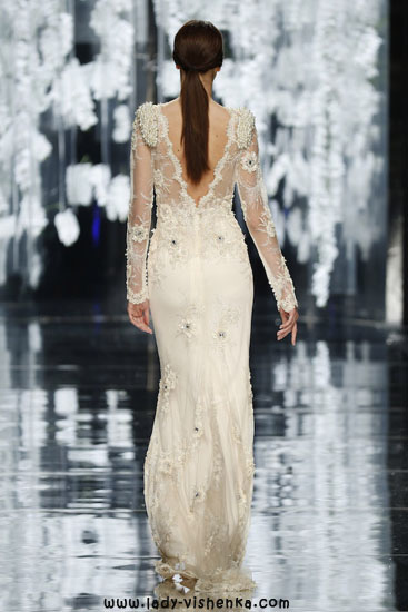 Svadebnye kjoler med blonder ermene bilde YolanCris