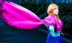 8. Frozen: Anna og Elsa