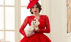 Rød brudekjole